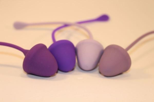 Набор из 4 вагинальных шариков разного веса