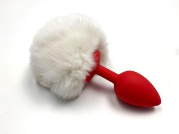 Красная анальная пробка с пушистым белым хвостиком зайки