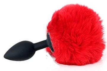 Черная анальная пробка с пушистым красным хвостиком зайки
