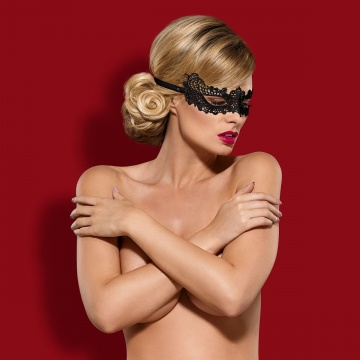 Чёрная ажурная маска на глаза